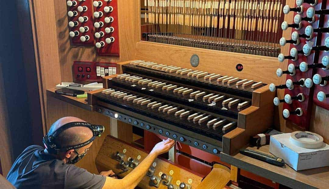 Puesta a punto del órgano del Auditorio