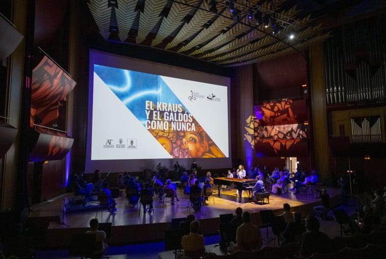 Actuación de la presentación del avance de la Temporada 2021-2022